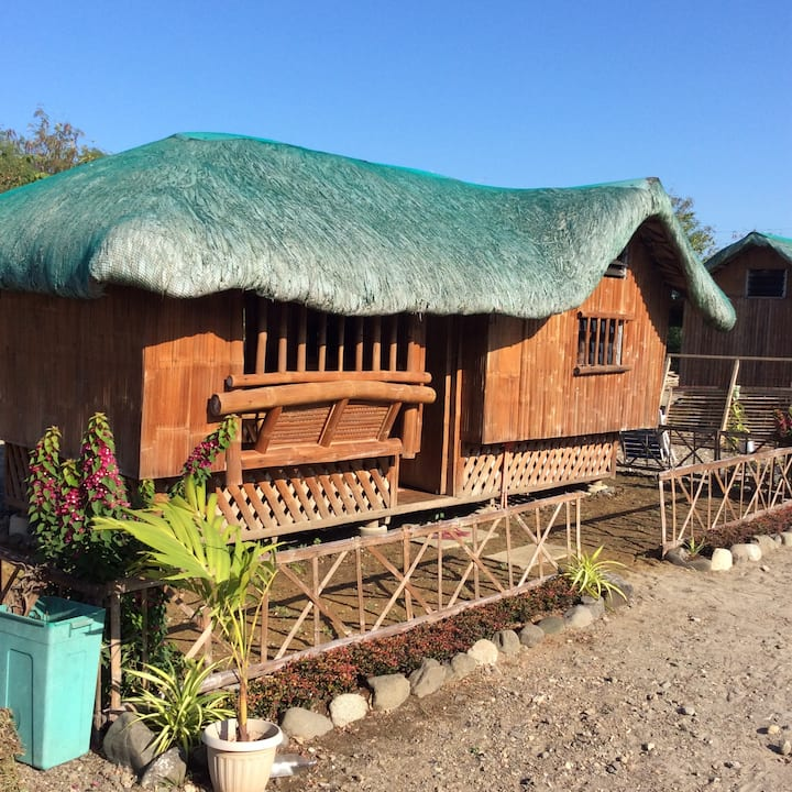 Beach Cottage for 2-3 near Vigan or Pagudpud