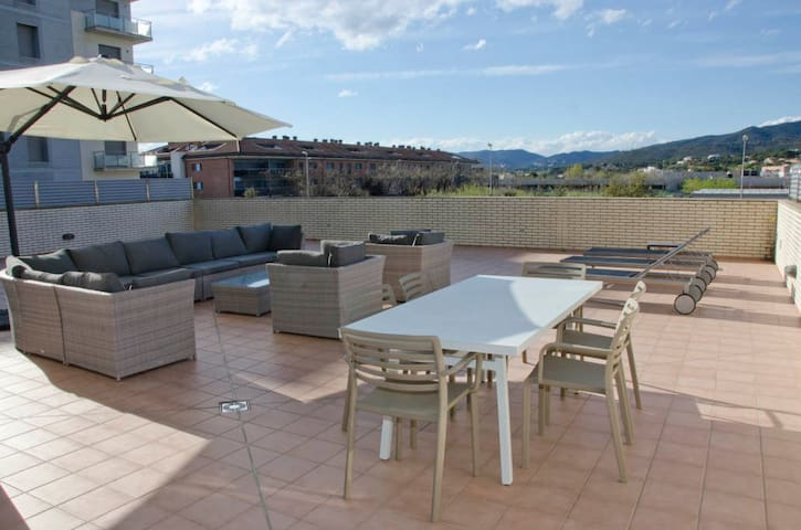 2336 - AB Sant Antoni Calonge I - Wonderful Apartment in Costa Brava with a Large Private Terrace and a Communal Pool