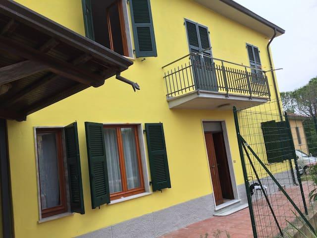 Graziosa casa  vicino a Portovenere e alle 5 terre