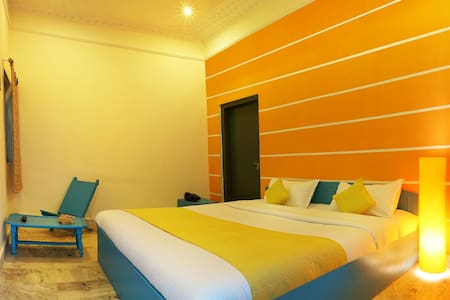 Hostel in Pushkar - Superior Dlx Room - Pushkar - House