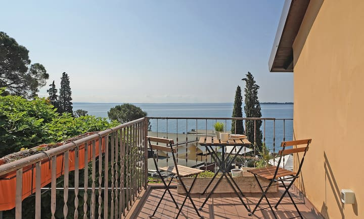 Fasano home with terrace and Lake view