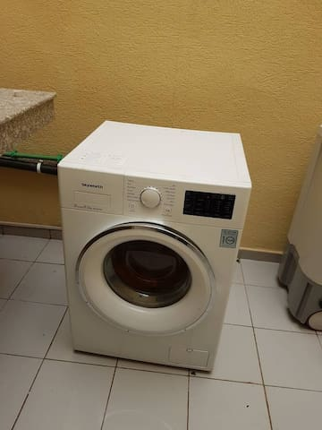A brand new washing machine to always keep your clothes clean