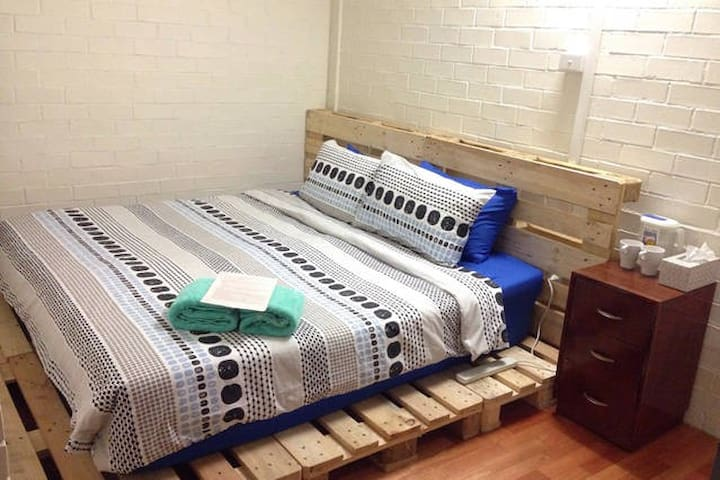 Comfy room for 2ppl, nearby city - Unley - Townhouse