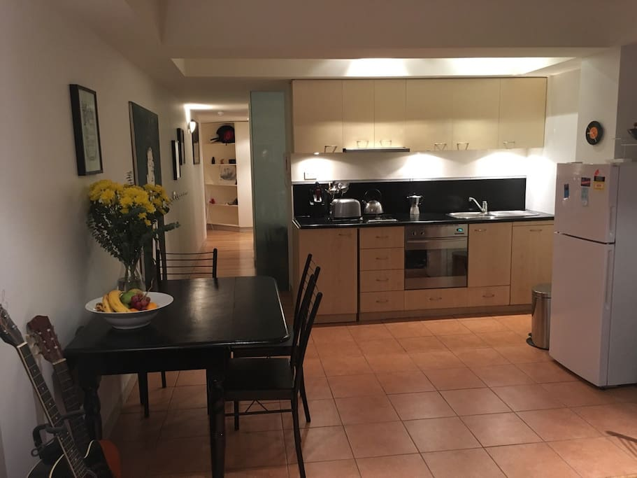 amazing 1 bedroom apartment on flinders street apartments for rent