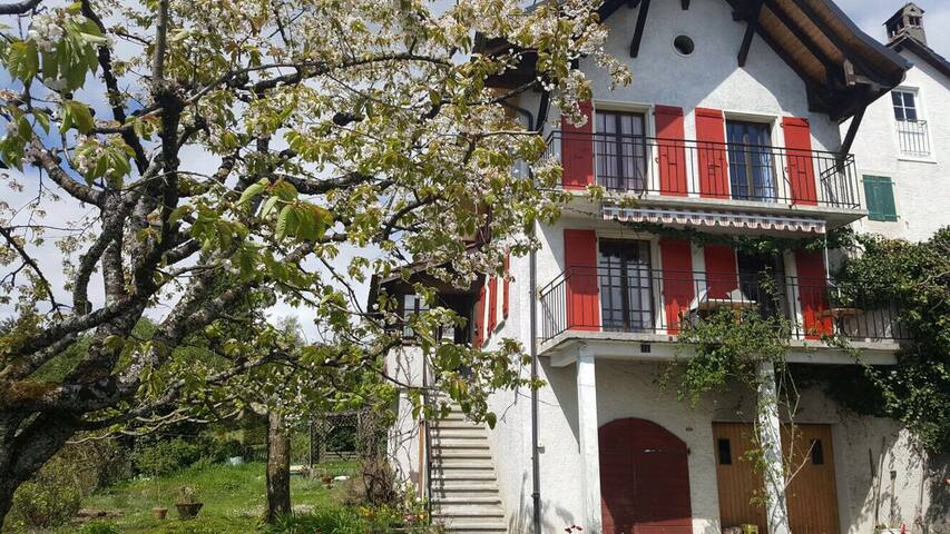bienvenue chez Annie - Blonay - Bed & Breakfast