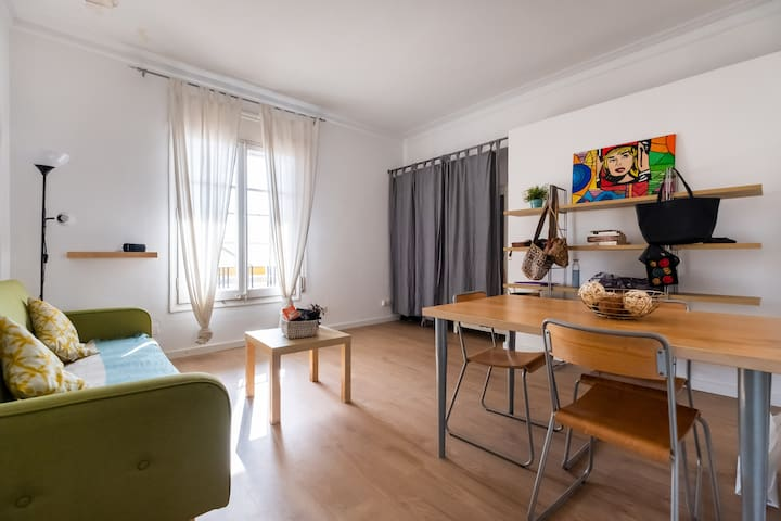 CHIC FLAT IN THE CITY CENTER
