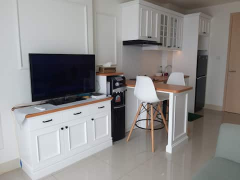 Cozy 1 BR Apartemen in the heart of BSD city