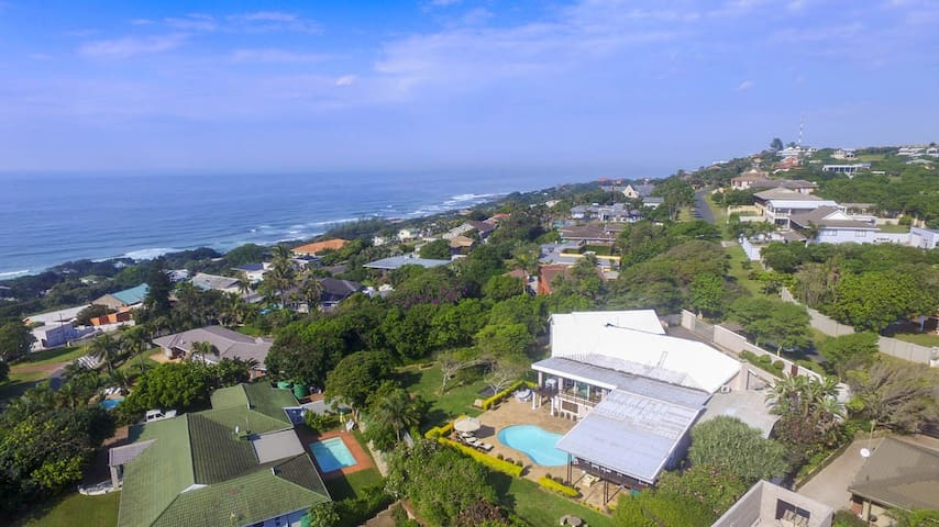 ***** Magnificent Ocean View Guest House - Nkwazi - Huis