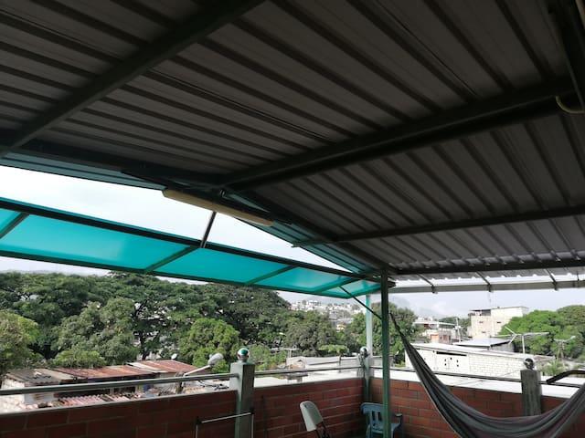 Suite con terraza y buena vista