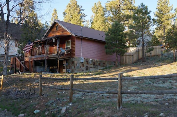 Camp neal cabin cabins for rent in big bear lake for Cabin cabin vicino a big bear ca