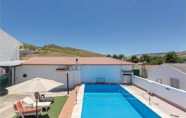 Terraced house with 2 bedrooms on 57m² in Cacín (Granada)