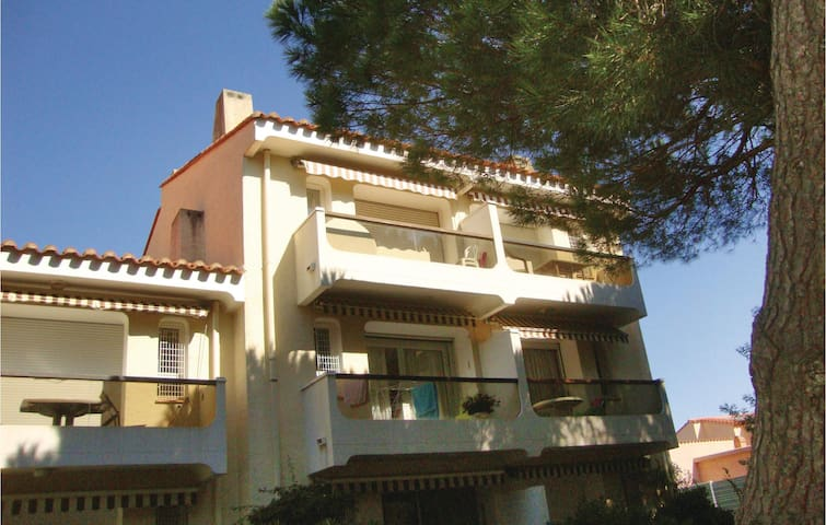Holiday apartment with 1 bedroom on 60 m² in Argeles sur Mer