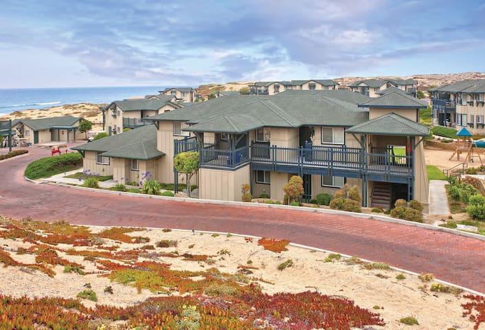 On Monterey Bay, at the beach - 2 Bedroom - 2Bath
