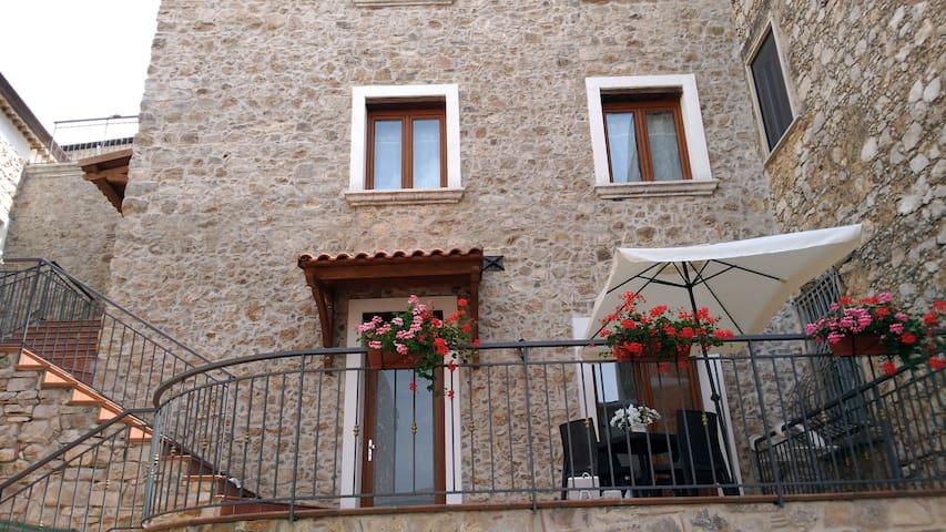 Casolare Marino