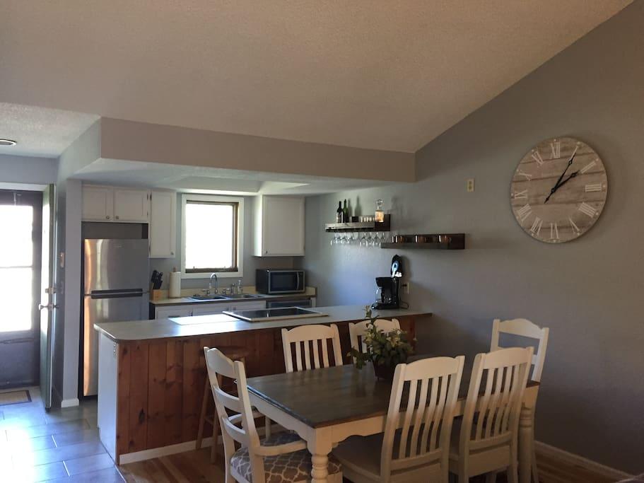 Stylish, Updated Kitchen!