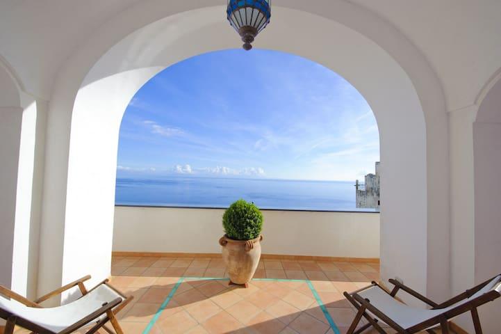 Casa Elena - Magnificent terraces and sea view