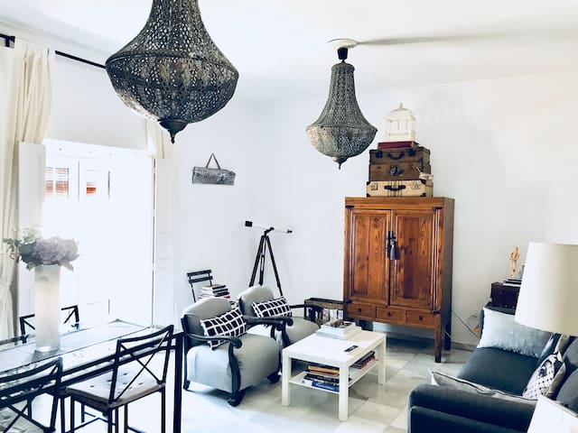 Andalusian Apartment,Caballeros33