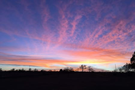 'The Sunset' at Windwalker Farm - Weatherford