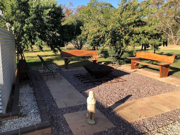 Serenity A small hobby farm 12 klms from Parkes