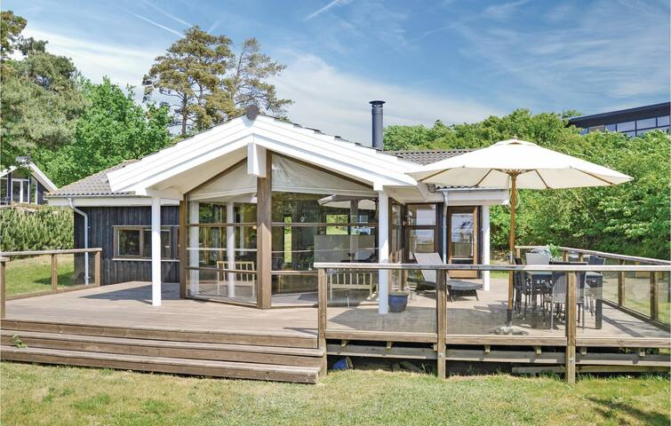 Holiday cottage with 3 bedrooms on 87m² in Frederiksværk