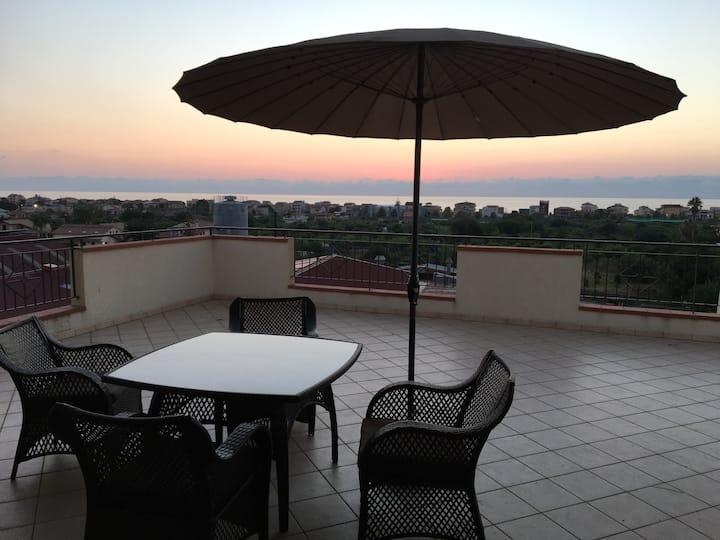 Capo d'Orlando Attico Panoramico vista Mare