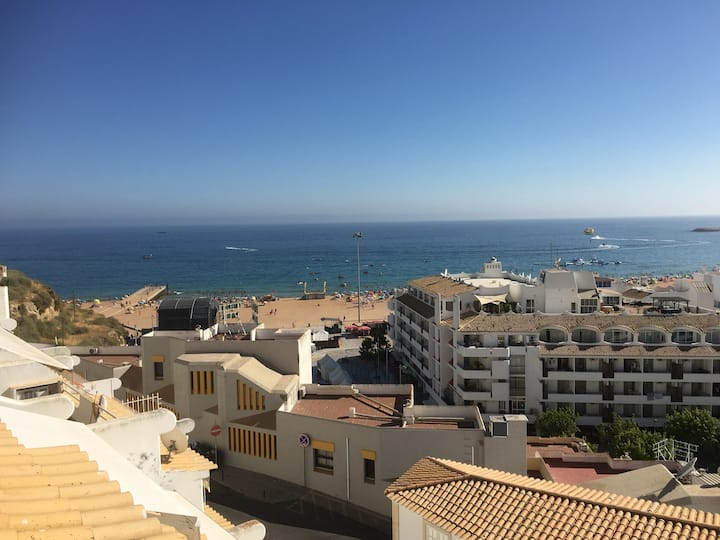 Beachfront 2 bedroom Apartment Old Town Albufeira.