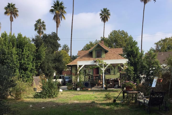 Pasadena Bungalow | Private room for rent.