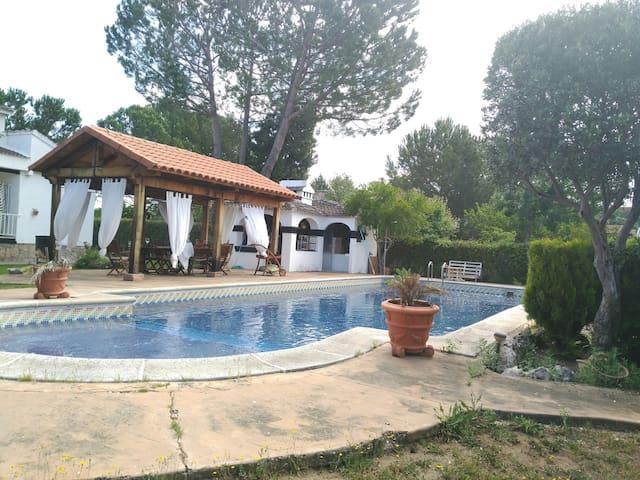 Casa Rural VillaLuz. ÚNICA Y ENTORNO ESPECTACULAR