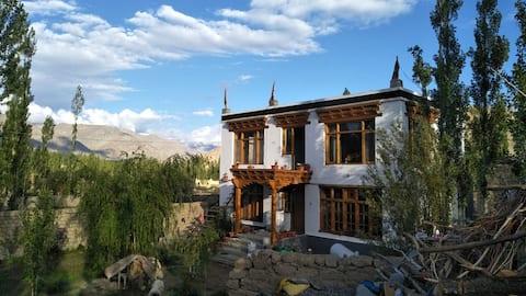 Abapa House、Choglamsar ( 1号室)