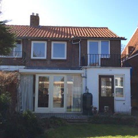 Nice house in Middelburg - Middelburg - House