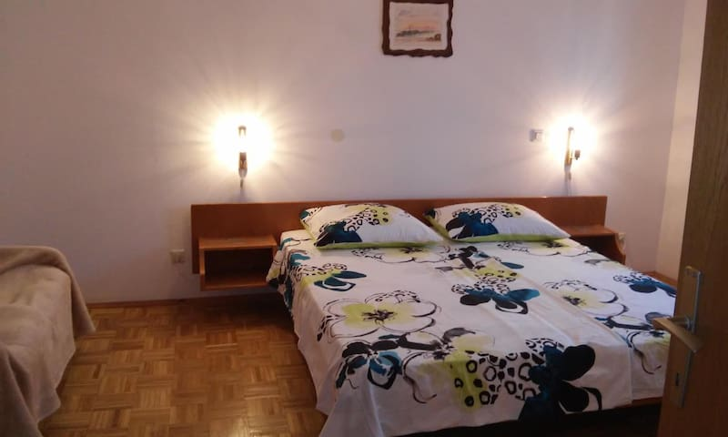 Room with air-conditioning Novigrad (S-11242-a)