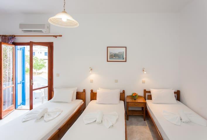 Panorama rooms, Agia Roumeli