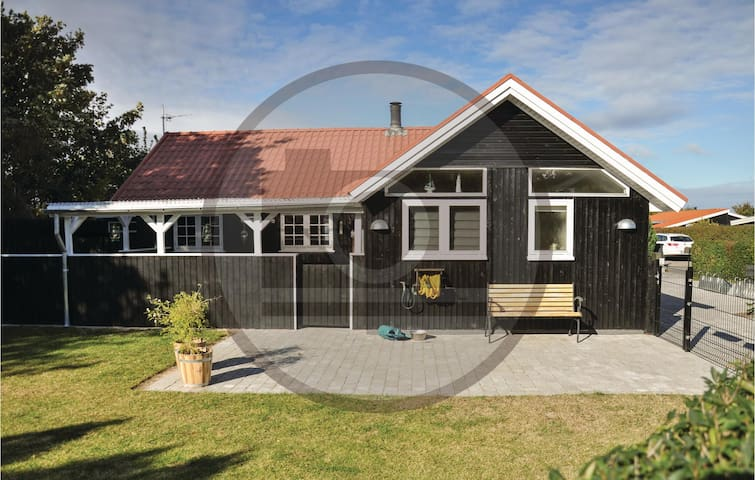 Holiday cottage with 3 bedrooms on 73 m² in Nyborg