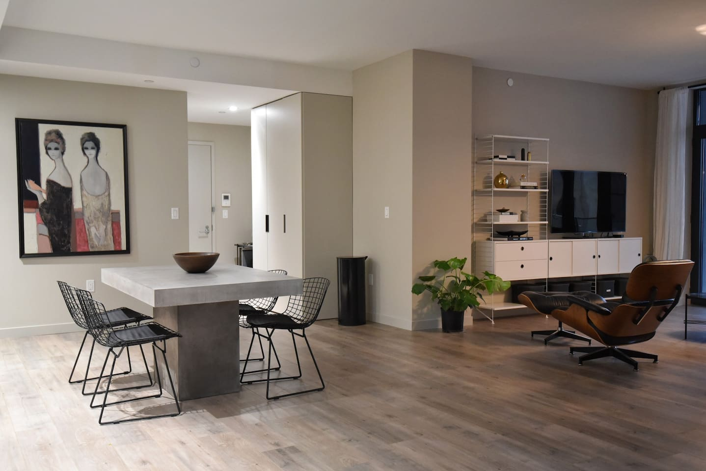 Massive and modern open place space