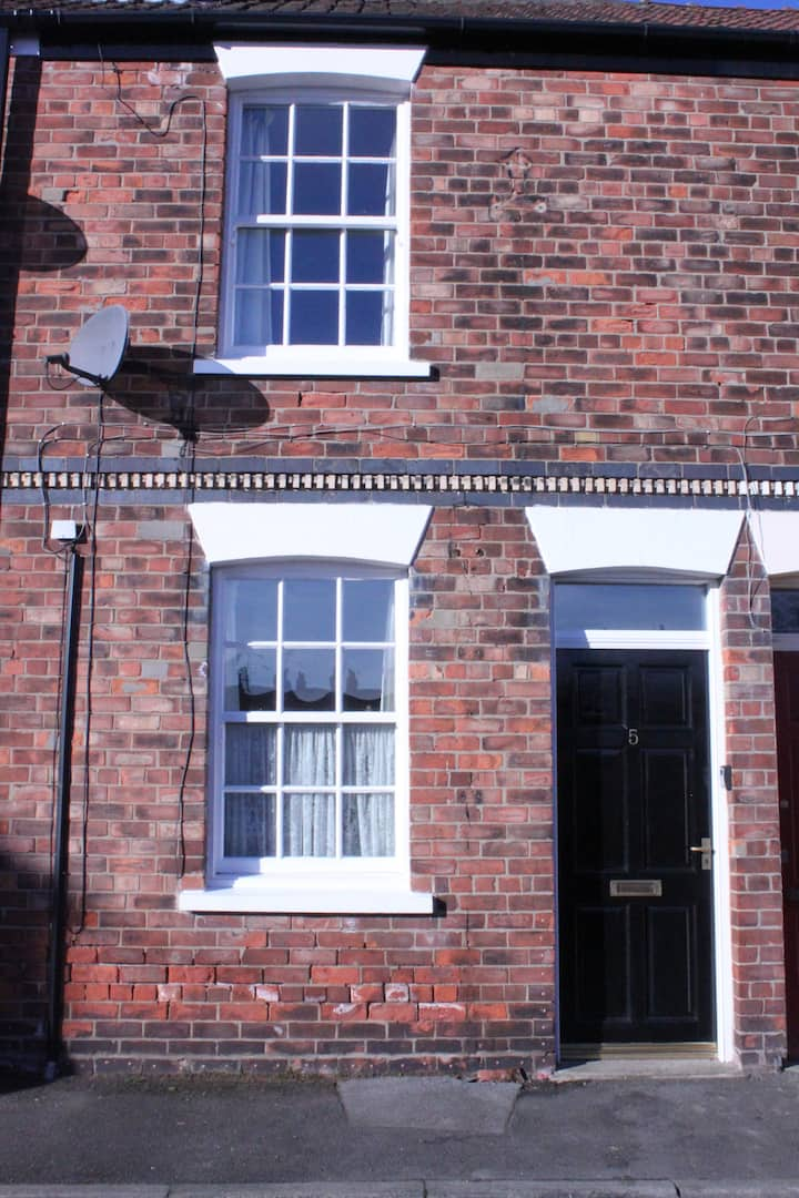 White Rose Cottage, Beverley.