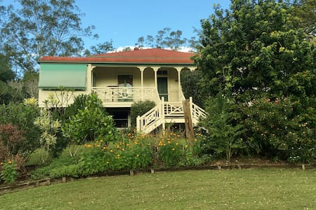 Kielvale Bed and Breakfast, Gorgeous Queenslander - Sunshine Coast - Bed & Breakfast