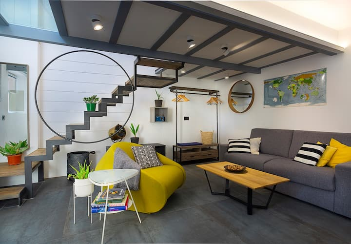 Casa Vidovic: Open plan luxury stone house 4*