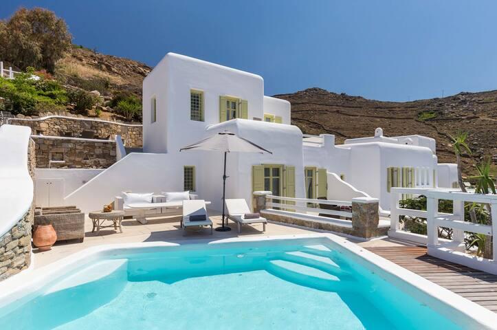"""Villa """"Nashira"""" - Lyra Villas Mykonos"""