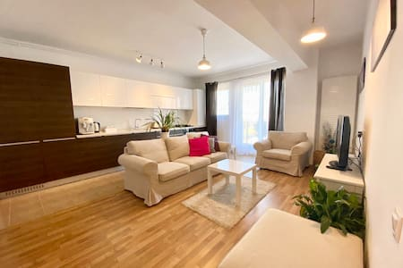 Modern and Fully Equipped Apt near Romexpo