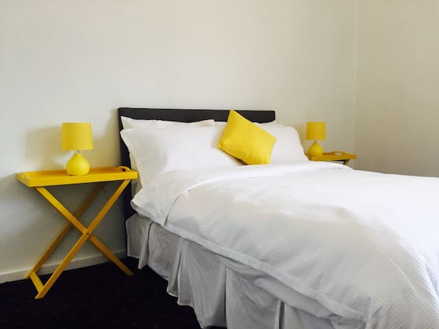 #2 Cosy & clean stay in the heart of Ararat City - Ararat - Apartment