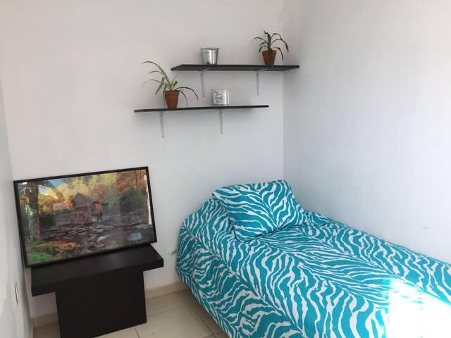 Habitación amueblada, cómoda, FIL, EXPO_6