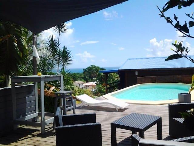 Bungalow avec jolie vue mer - Capesterre Belle Eau