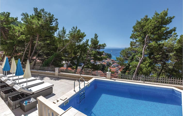 Holiday apartment with 1 bedroom on 40m² in Brela