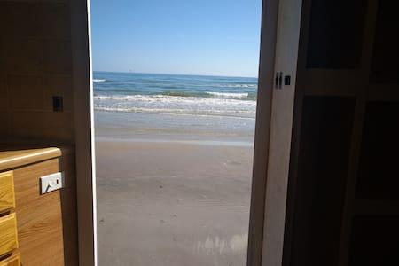 Tiny-Padre Island beach escape on Bob Hall Peir