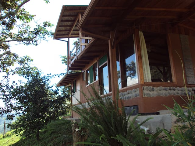 Tropical Forest and Nature,  Country House-Ecuador - Quito - Ev