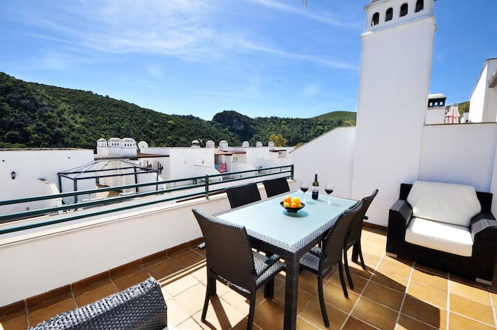 Regidor Hills - Three bedroom house in Benahavis.