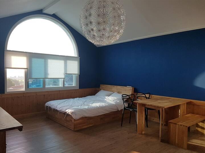 소중한 이와 편안하고 안락한 휴식이 가능한 친환경 공간 Suite Room2