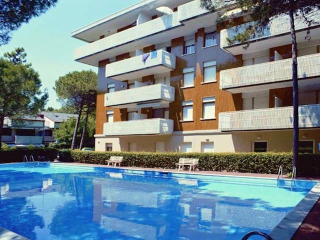Schubert one bedroom apartment 4 beds - Lignano Sabbiadoro