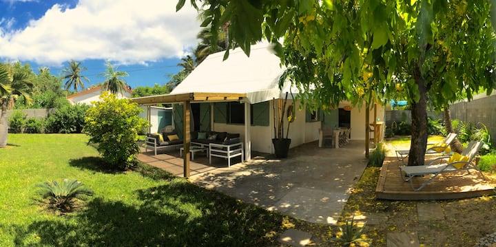 Jolie Maison +Jardin spacieux à 30m du lagon