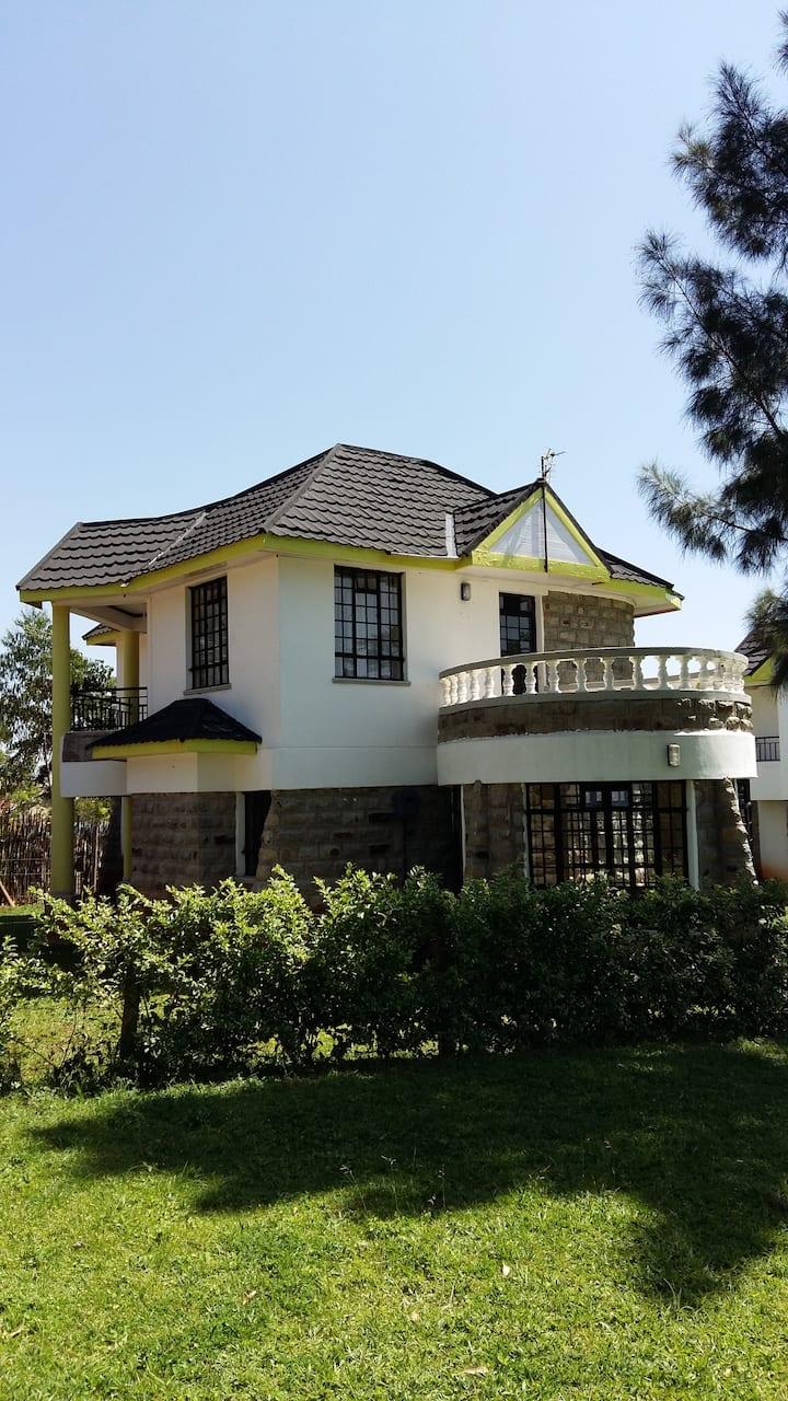 Sosa Villas, Gisambai